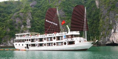 oriental-sails-1-18-cabins